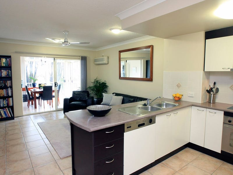1/5 Whytecliffe Street, Albion, Qld 4010
