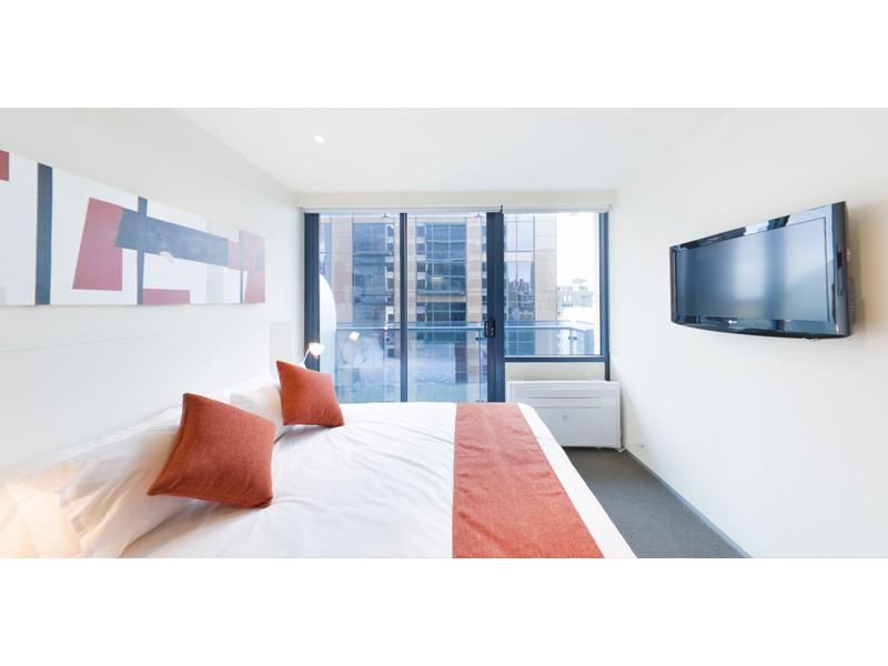 REF 080720/181 A'Beckett Street, Melbourne