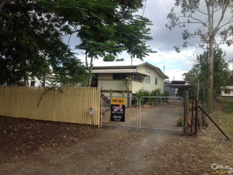 27 Seventh Avenue, Scottville, Qld 4804
