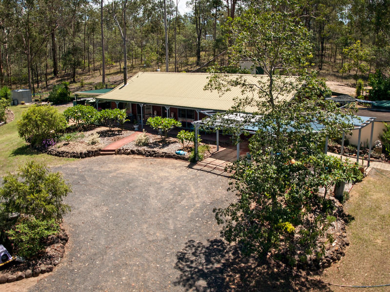 111 Koreelah Street, Upper Lockyer, Qld 4352
