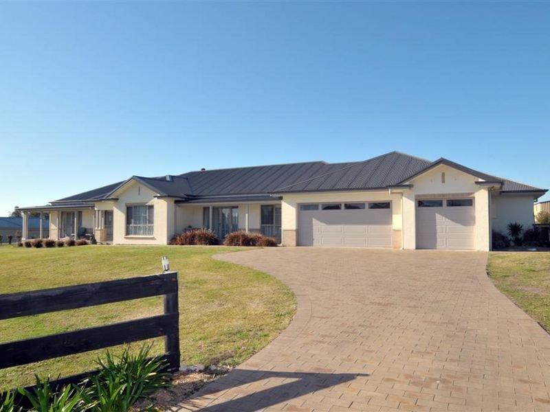 26 Sandstone Drive, Windella, NSW 2320