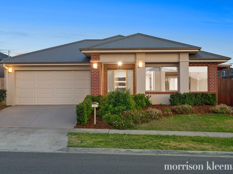 13 Dunraven Crescent, Doreen, Vic 3754