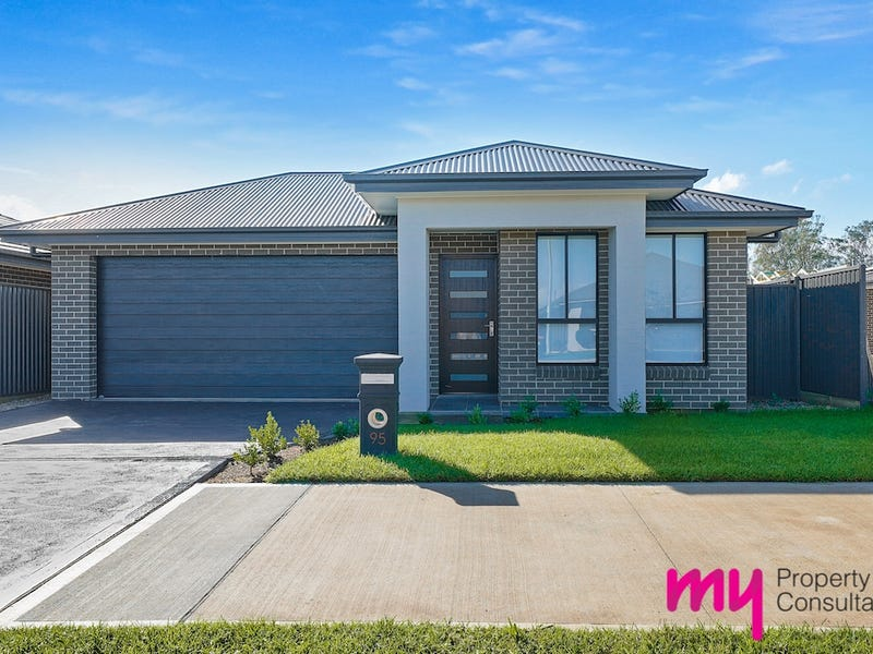 95 Village Circuit, Gregory Hills, NSW 2557
