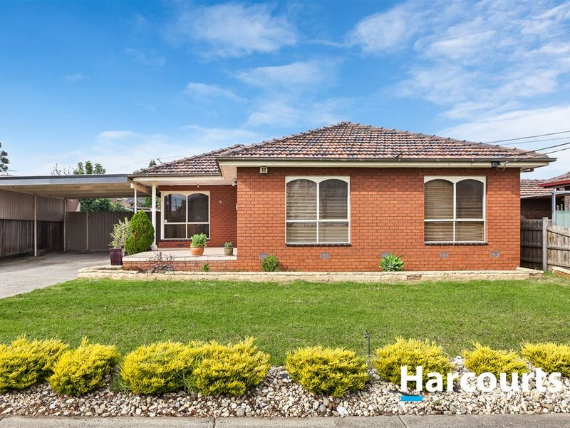 15 Charlton Place, Thomastown, Vic 3074