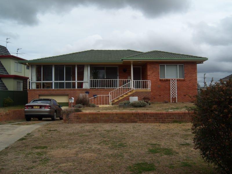 35 Cross Street, Glen Innes, NSW 2370