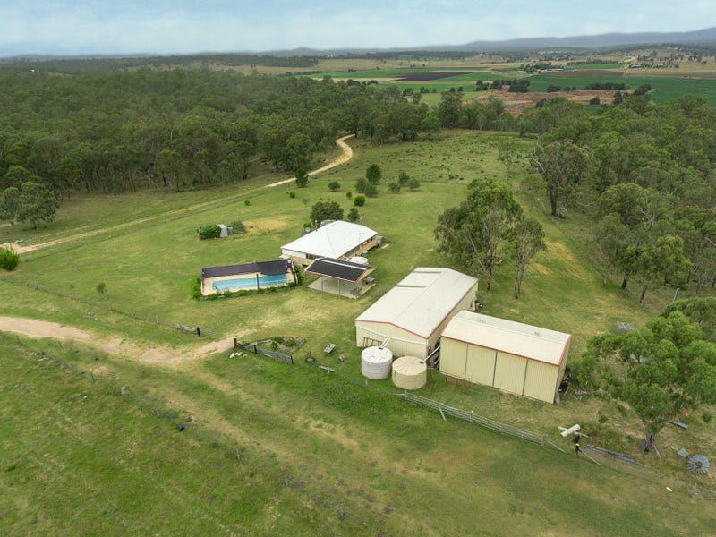 214 Watts Rd, Loch Lomond, Qld 4370
