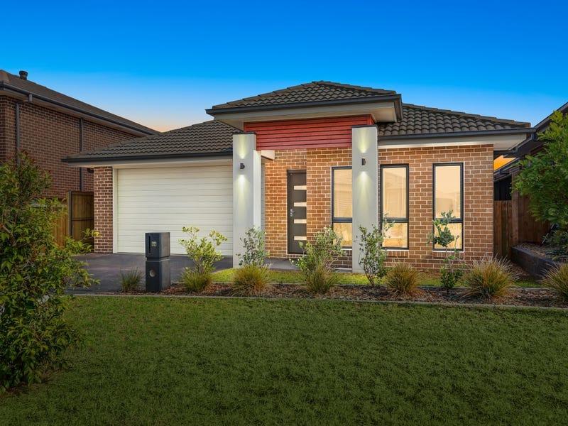 44 Lowndes Drive, Oran Park, NSW 2570