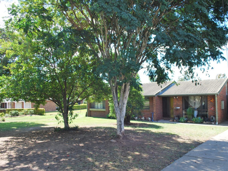 15 Poincianna Court, Walloon, Qld 4306