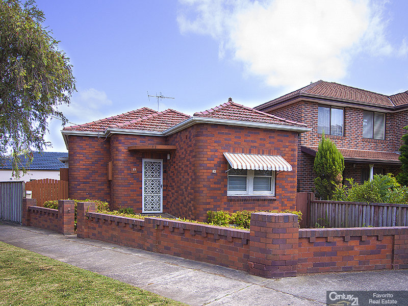 19 Mons Street, Canterbury, NSW 2193