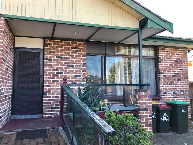 2/142 Heathcote Road, Moorebank, NSW 2170