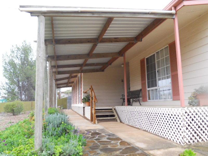 7 Halkett Street, Robertstown, SA 5381