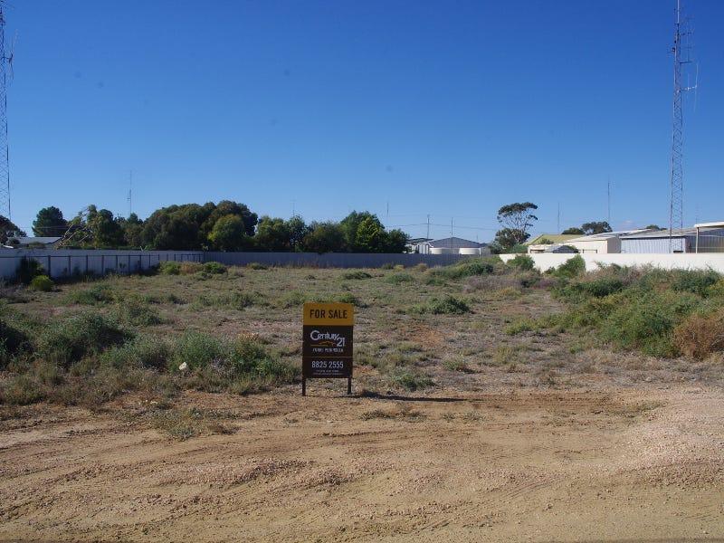25 Moonta Road, Moonta Bay, SA 5558