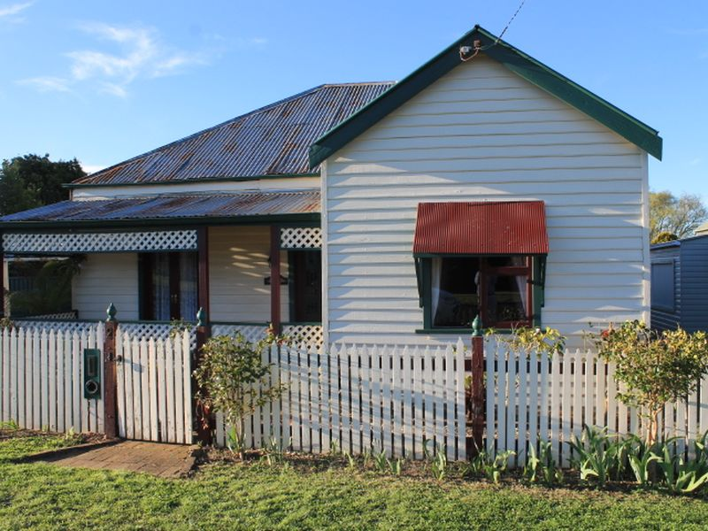 2 Short St, Glen Innes, NSW 2370