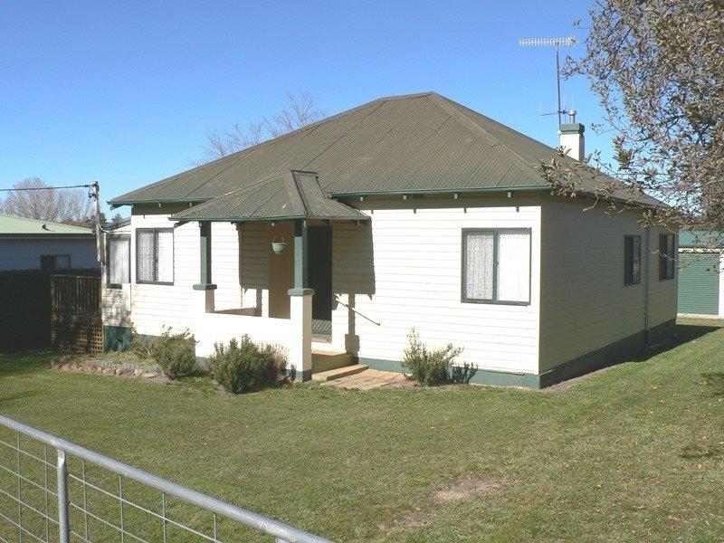 10 Druitt Street, Adaminaby, NSW 2629