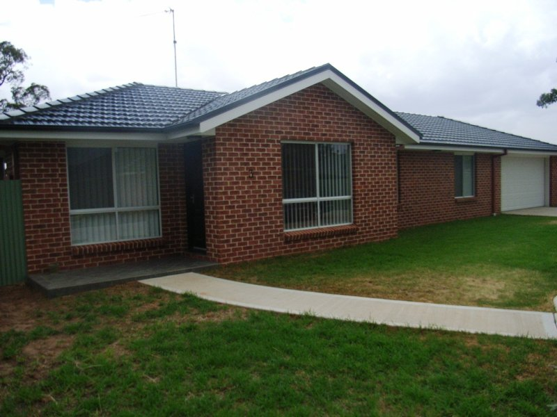 3/210 Neeld St, West Wyalong, NSW 2671