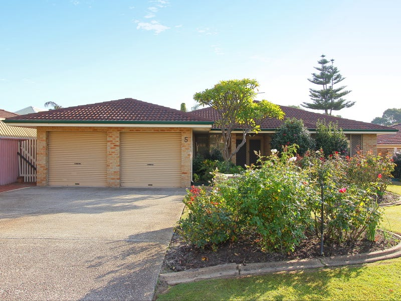 5 Chancery Lane, Alexander Heights, WA 6064