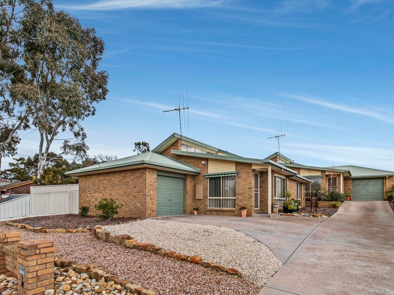 1,2/60a Spring Gully Road, Spring Gully, Vic 3550