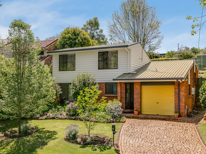 27 Amos Crescent, Mount Lofty, Qld 4350