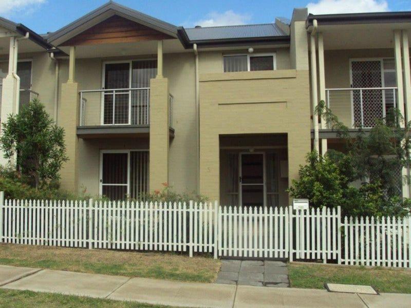 5 Gilbert Street, Elderslie, NSW 2570