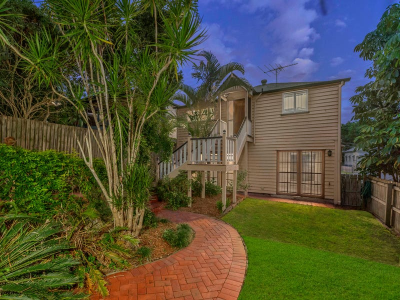 27 Thorn Street, Red Hill, Qld 4059