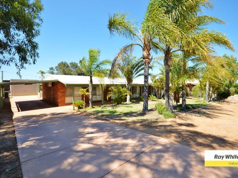 13 Harvey Place, Kalbarri, WA 6536