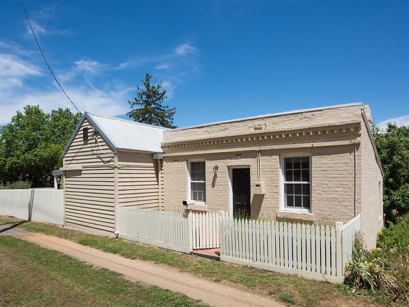 77 Hargraves Street, Castlemaine, Vic 3450