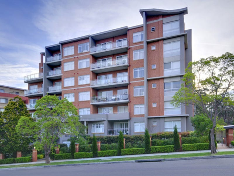 13/14-18 College Crescent, Hornsby