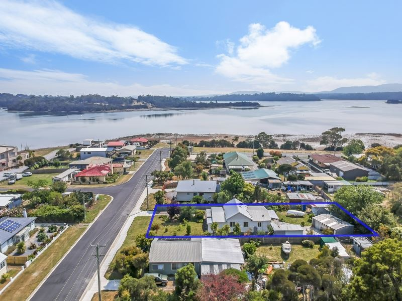 14 Mainwaring Street, Beauty Point, Tas 7270
