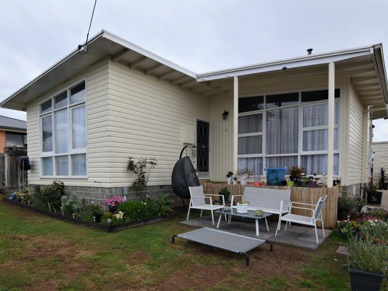 14 Mark Street, Hillcrest, Tas 7320