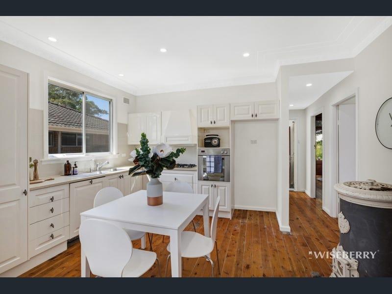 10 Stelling Avenue, Kanwal, NSW 2259
