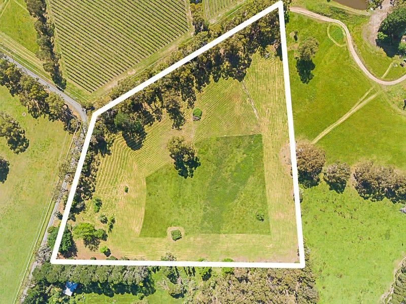 140 Pine Avenue, Healesville, Vic 3777