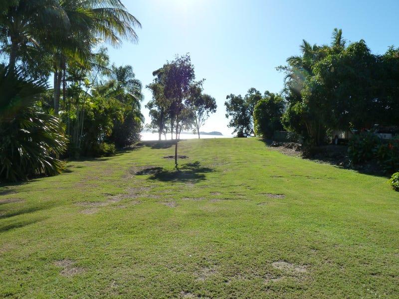 33 Blue Beach Boulevard, Haliday Bay, Qld 4740