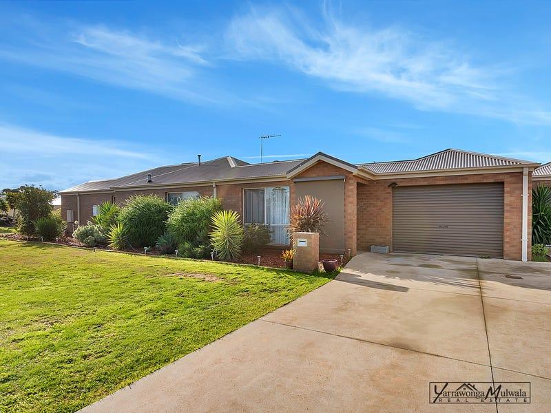 2/2 Wing Crescent, Mulwala, NSW 2647