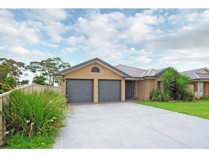 42 Lacebark Grove, Worrigee, NSW 2540