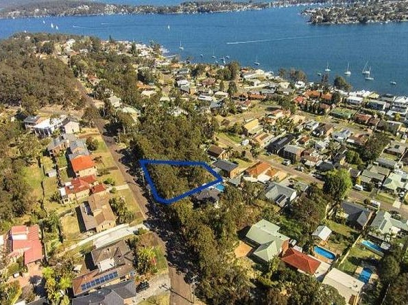 30 Sunlight Parade, Fishing Point, NSW 2283