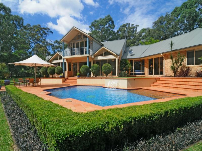21 West Cambewarra Road, Nowra, NSW 2541