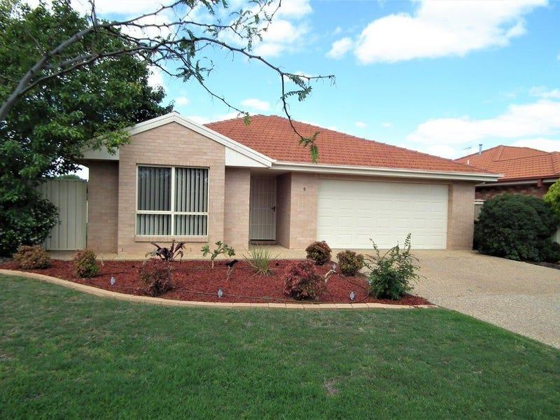 5 Braeburn Avenue, Griffith, NSW 2680