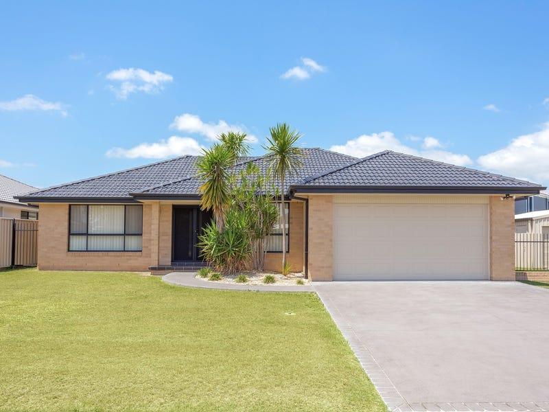 3 John Armstrong Close, Taree, NSW 2430