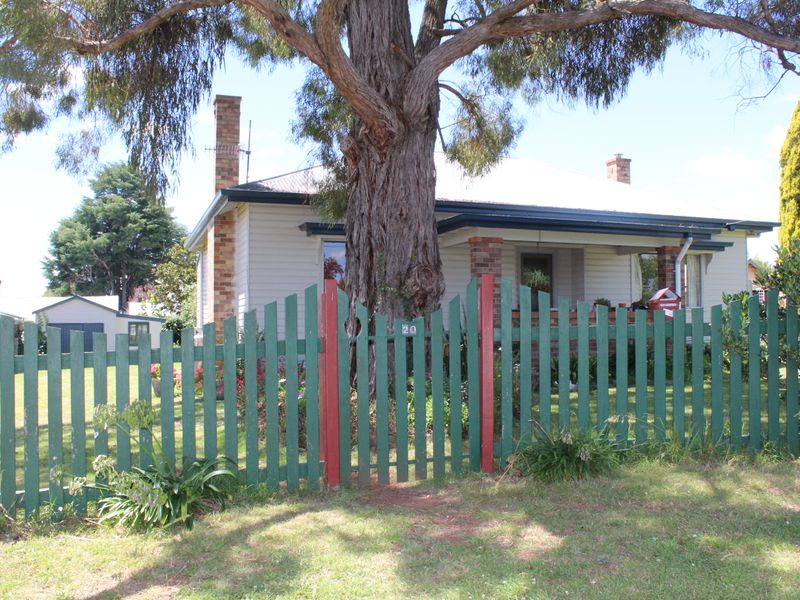 20 Glasson Street, Glen Innes, NSW 2370