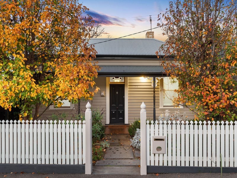 81 McConnell Street, Kensington, Vic 3031