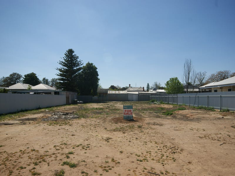 343 Wood St, Deniliquin, NSW 2710