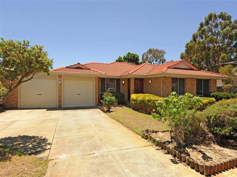 18 Flamingo Trail, Ballajura, WA 6066