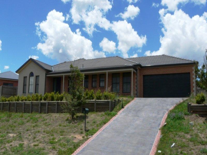 32 Lavelle Street, Bathurst, NSW 2795