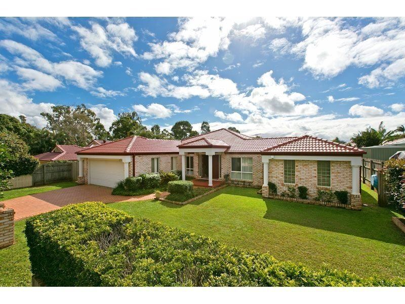 31 The Boulevard, Redland Bay, Qld 4165