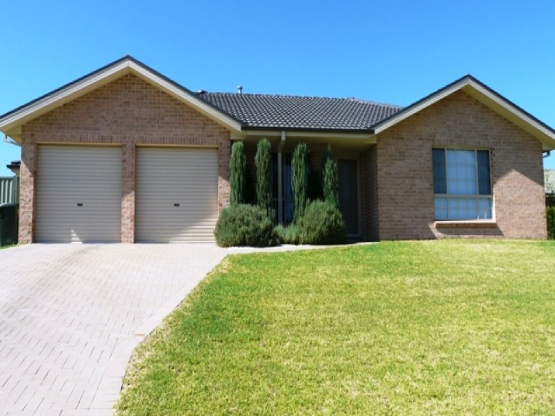 27 Sapphire Crescent, Kelso, NSW 2795