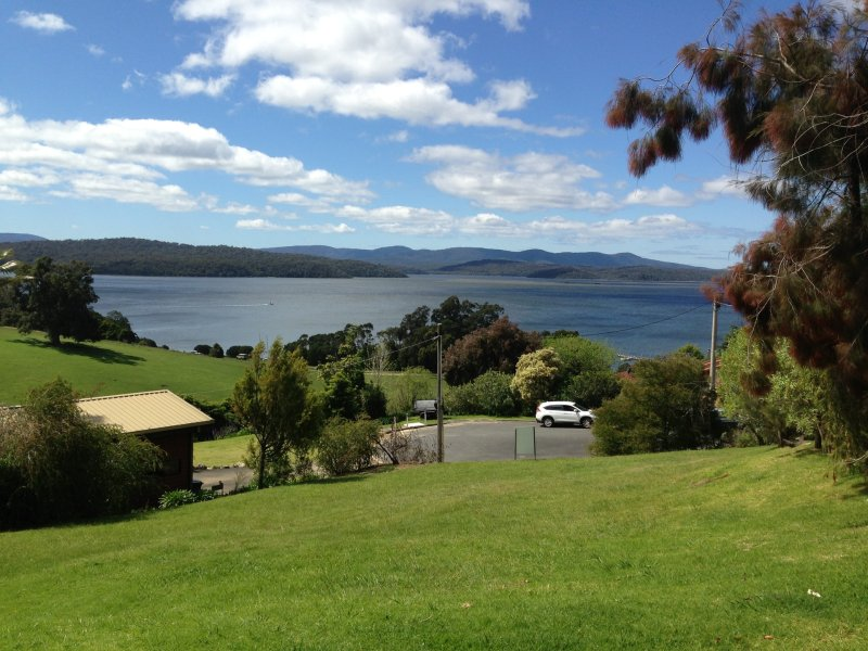 7 Inlet View Court, Mallacoota, Vic 3892