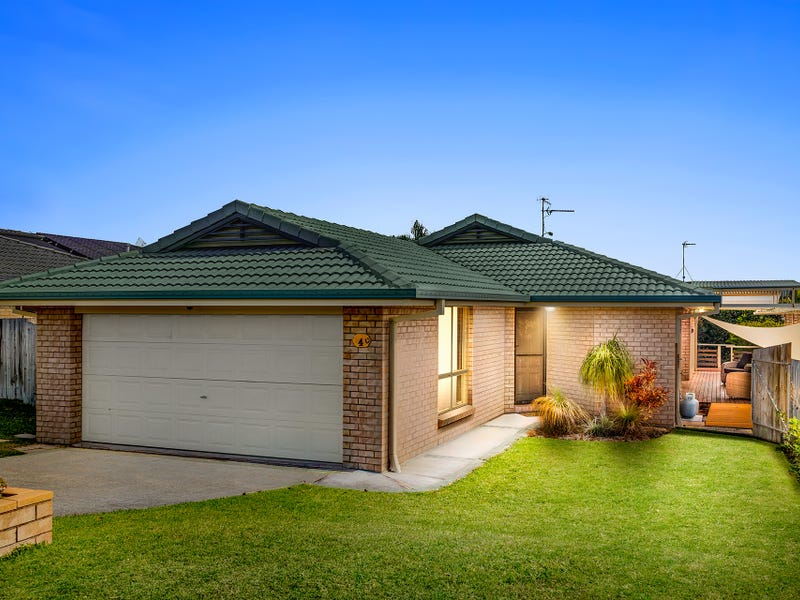 4 Greendale Place, Banora Point, NSW 2486