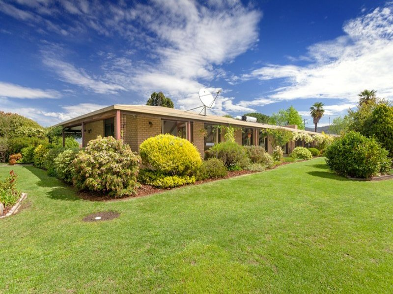 68 Waterfall Farm Road, Khancoban, NSW 2642