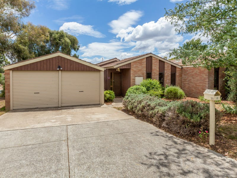 18 Le Souef Crescent, Florey, ACT 2615