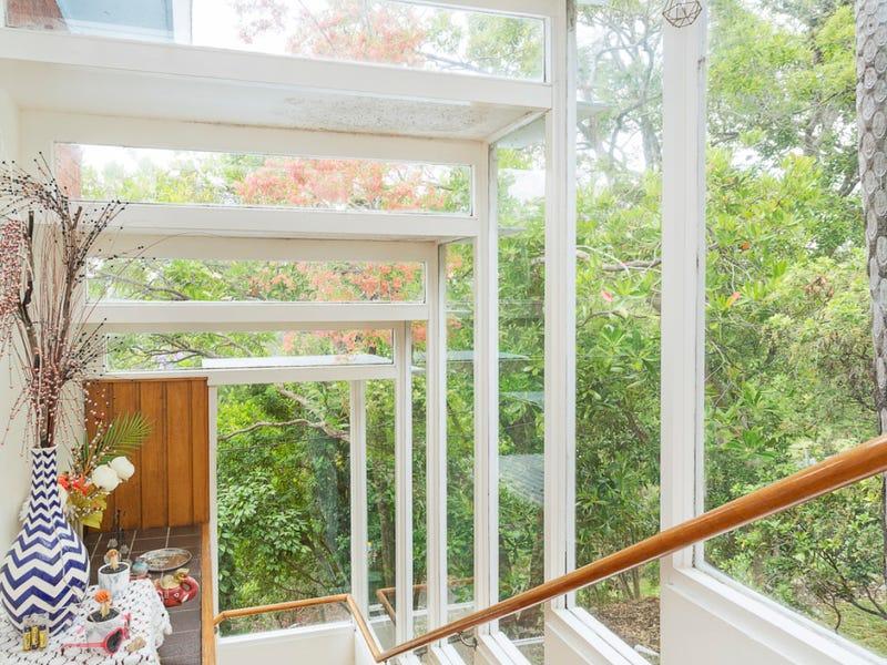 8 Trevalgan Place, St Ives, NSW 2075